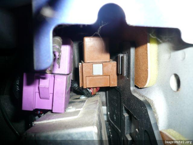 Relais pompe a essence opel corsa c