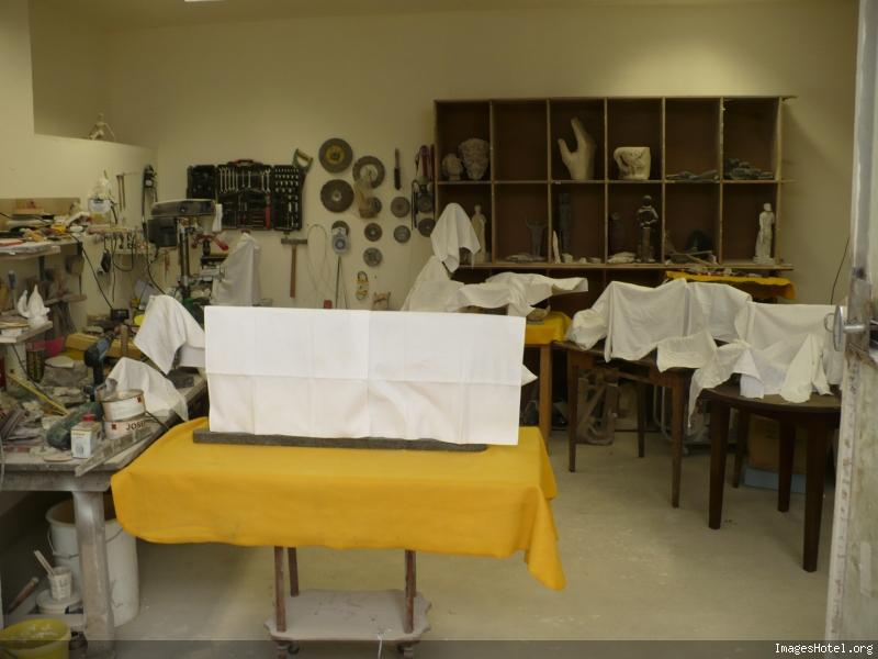 l'atelier de Carzo P1000394