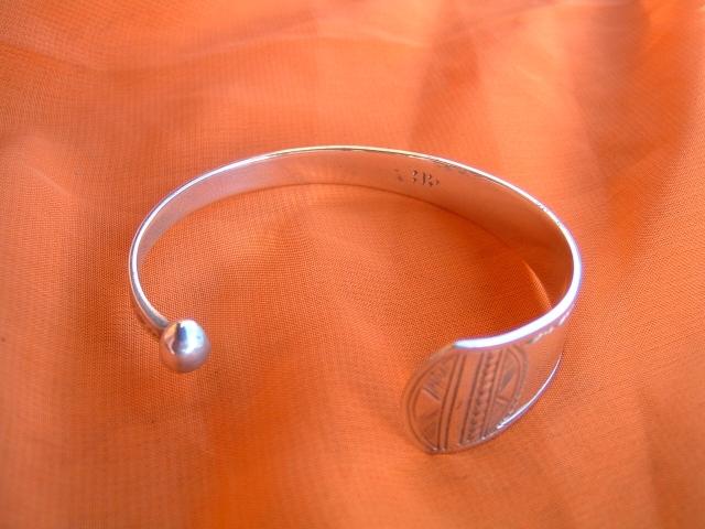 Image bracelettouaregafricainenargentmassifref2003