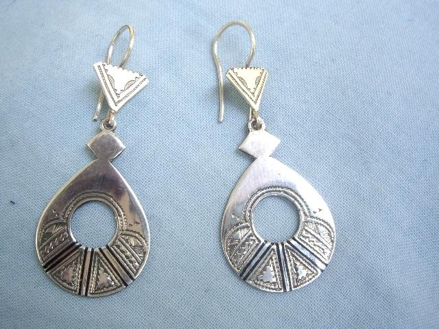 5538f82ddd2d92 Ref 4005 boucles d oreilles africaines bijou touareg argent Mali