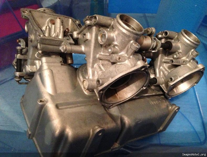 TRANSALP 600 : Remplacement Boite à Air par Cornet Img25171