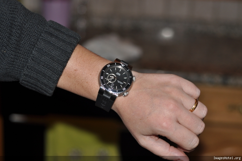 Question pour les possesseurs de montre ORIS - Page 2 Dsc5535